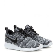 Nike Nike Rosherun Flyknit Sneakers (235 NZD) ❤ liked on Polyvore featuring shoes, sneakers, grey, nike sneakers, gray sneakers, grey sneakers, nike shoes and nike trainers