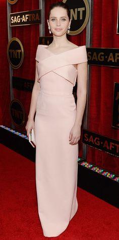 SAG 2015 Red Carpet Arrivals - Felicity Jones in Balenciaga and Van Cleef & Arpels jewels.
