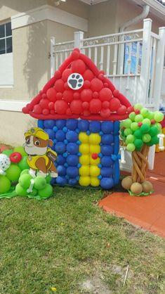 Creativa idea de decoración para celebración de la Patrulla Canina