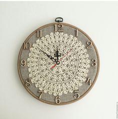 "Buy Wall Clock ""Vintage"" - watch, us .- Wall Clock ""Vintage"" - watch, us . Gold Watches Women, Vintage Watches Women, Casio Vintage Watch, Clock Vintage, Retro Vintage, Crochet Wall Art, Watch Drawing, Doily Art, Doilies Crafts"