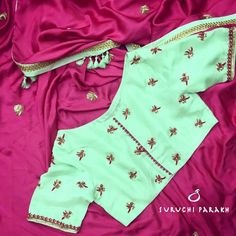 Suruchi designed this beautiful saree with the most gorgeous blouse. Intricately handcrafted birds and a fascinating combination of mint and strawberry pink shade. 23 October 2017