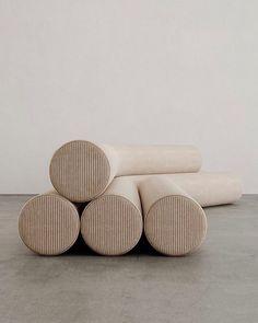 Furniture Inspiration, Interior Inspiration, Sofa Furniture, Furniture Design, Funky Furniture, Sofa Design, Interior Design, Chaise Vintage, Furniture Collection