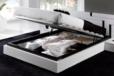 HER ALL THE WAY! AWESOME FOR STORAGE Black and White Bedroom Decor: Elegant effect