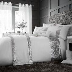 GLAMOROUS white Duvet Cover Cream Duvet Covers, Bed Duvet Covers, Duvet Sets, Christmas Bedding, 3d Christmas, Beds For Sale, Discount Bedding, Pink Bedding, Bed Sheets