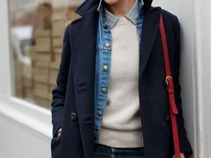 street style by the sartorialist. denim jacket layered under wool coat. Red bag makes it. The Sartorialist, Look Fashion, Winter Fashion, Layered Fashion, Layering Outfits, Layering Clothes, Mode Inspiration, Fashion Inspiration, Get Dressed