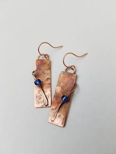 Beaded Jewelry Upcycled repurposed copper rectangle earrings with blue beads Copper Earrings, Beaded Earrings, Earrings Handmade, Handmade Jewelry, Unique Jewelry, Wire Jewelry, Jewelry Crafts, Beaded Jewelry, Silver Jewelry