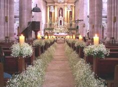 church wedding Wedding Church Decor in white and some candles by Floreria Casablanca Decoracion. Wedding Church Aisle, Church Wedding Flowers, Wedding Bouquets, Wedding Ceremony, Church Weddings, Pew Decorations, Deco Champetre, Rustic Wedding, Church Wedding Decorations Rustic
