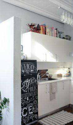 ~ DIY: Frigo lavagna ~  Chalkboard fridge ~ ph. Martina De Robertis