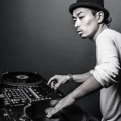 """The Blend Within """"DJing / Turntablism""""  DJ Kentaro (1982) Japanese turntablist / Dj whose work is a blend of different styles and genres like: Hiphop Dancehall Drum & Bass Electro and Traditional Japanese music amongst others. He won the DMC world title in 2002 and received the highest score in the history of the DMC competition. Works of DJ Kentaro soon to be featured in our exhibition. Soon to be announced  #theblendwithin #djkentaro #hiphop #culture #music #djing  #dj #mix #turntablism…"""