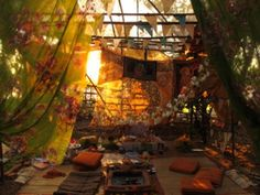 Draped fabric tent interior -- inspiration for my 'harem tent' concept (which will be improved upon before Kaleidoscope Gathering next year)
