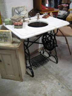 Sewing machine table sink            ♪ ♪    ... #inspiration_diy GB