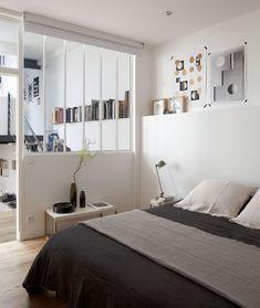 Une chambre sans fenêtre mais avec vue... grâce à la verrière atelier d'artiste ! / Archi-design : ATELIER PREMIER ETAGE