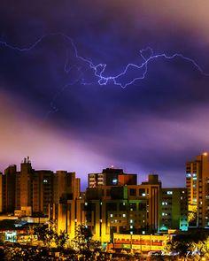 Raios!!!: Nuvens, raio e cores