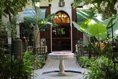 Offering an outdoor pool and a restaurant, Palais Riad Lamrani is located in Marrakech. Free WiFi access is available. Morocco Hotel, Marrakech Morocco, Best Hotel Deals, Best Hotels, Outdoor Pool, Outdoor Decor, Hotel Reviews, Great Photos, Free Wifi