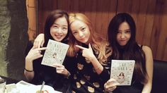 SECRET's Sunhwa and T-ARA's Hyomin show their support for Goo Hara's recent fashion book release