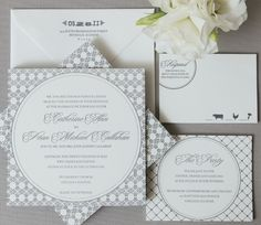 Classic yet contemporary. Chicago Wedding by Simply Jessie Photography. Courtney Callahan Paper