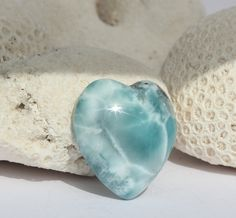 Larimar Icy Heart Cab marbled aqamarine blue cabochon turquoise pectolite teal sea ice green stone 9g 45ct - pinned by pin4etsy.com