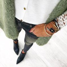 9,987 vind-ik-leuks, 126 reacties - Anne-So - Instagrameuse (@banso73) op Instagram: 'Après le haut, le bas de hier #outfit #outfitpost #detailshot #igers Gilet#easyclothes…'