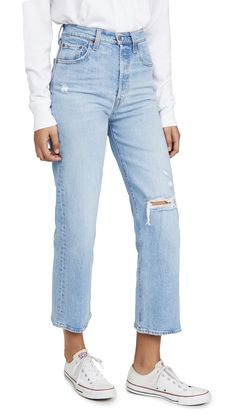 Burgundy Pants Outfit, Burgundy Jeans, Light Blue Jean Jacket, Light Blue Jeans, Trouser Jeans, Ankle Jeans, Jeans Levis, Ripped Jeans, Trousers