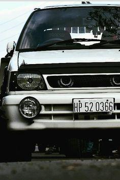 Maruti 800, Car Paint Jobs, Benz Car, Modified Cars, Car Painting, Cummins, Car Stickers, Car Photos, Classic Cars