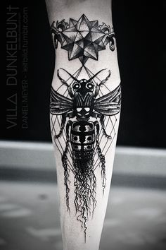 Dasleitbild is Daniel Meyer, tattoo artists extraordinaire from Kassel, Germany. He currently works out of Kassel's VILL∆ DUNKELBUN†, an amazing studio by the looks of it! Meyer's tattoos are heavy in occult symbolism and dark textures, with carefully hewn geometric shapes framing insects, third eyes and other denizens of dark