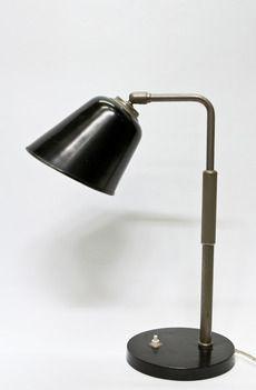 Oude 1930 Bureaulamp, in hoogte verstelbaar, zwart en mat nikkel.