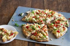 Healthy Chicken Alfredo Pizza with Tomatoes and Parsley ~ just made the cauliflower sauce tonight, will try this soon