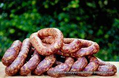 Kulinarne  pyszności  Molki: Pyszna domowa kiełbasa wędzona