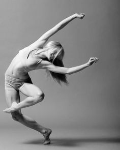 Fitness for Dancers> This is amazing! Basically a study between dancers who took supplemental fitness programs and dancers who took additional tech classes and the ones who did cross-training improved more!