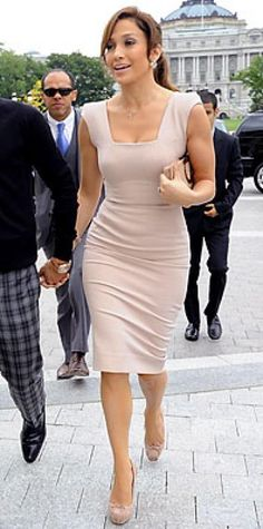 Look of the Day › September 17, 2009 WHAT SHE WORE Lopez went monochromatic in a formfitting blush Victoria Beckham Collection sheath, Louboutin pumps and a Salvatore Ferragamo clutch and Lorraine Schwartz jewelry WHERE At a meeting with Nancy Pelosi in Washington D.C.
