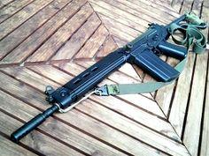 FAL Tactical Equipment, Military Equipment, Fal Rifle, Zombie Survival Gear, Big Boyz, Battle Rifle, Assault Rifle, Guns And Ammo, Winchester