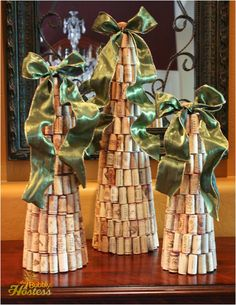 The Bubbly Hostess: DIY Wine Cork Christmas Trees Topped With Ribbon Wine Craft, Wine Cork Crafts, Bottle Crafts, Wine Cork Ornaments, Snowman Ornaments, Cork Christmas Trees, Christmas Crafts, Christmas Decorations, Christmas Projects