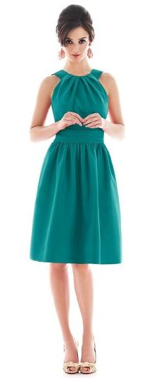 Emerald Dress Loving the modest but not prude look of this ~ Miranda