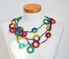 CIRCLES Crochet necklace pattern pdf by BernioliesDesigns on Etsy Crochet Rings, Knit Crochet, Crochet Jewellery, Crochet Necklace Pattern, Crochet Circles, Circle Pattern, Circle Necklace, Crochet Accessories, Digital Pattern