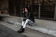 Street Style Womens / Rebel 8 Script Leggings