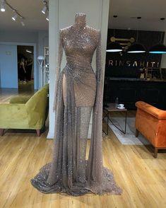 Glam Dresses, Event Dresses, Fashion Dresses, Elegant Dresses Classy, Classy Dress, Most Beautiful Dresses, Pretty Dresses, Red Carpet Gowns, Luxury Dress
