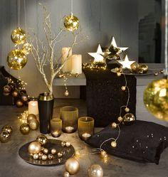 Weihnachtstrends 2015 - Weihnachtskugeln in Goldtönen - Erhältlich bei deinem Einrichtungspartner in der Nähe