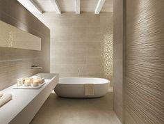 Badgestaltung Fliesen Wand Sandfarbe Waschtisch