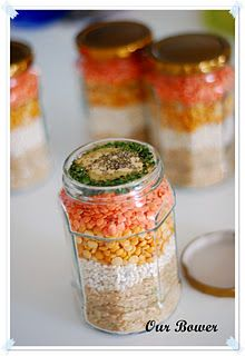 Homemade Soup Mix in a Jar; I actually love this idea.   Especially around the winter holidays.   Wrap a cars with instructions around it, nice ribbon and it's a cute hostess gift.