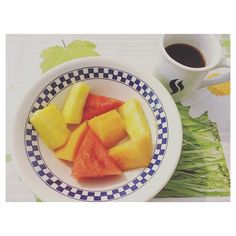 Deser =  #desert #healthy #healthydessert #fruits #owoce #melon #ananas #arbuz #coffee #coffeetime #bestsweets #słodycze #happygirl #happy #love #lato #uwielbiamlato #summer #summerfruit #trenerpersonalny #bloger #blogerka #youtuber #instagirl #instagram #instaphoto #zdrowie #fitfood #fitsweets #czasnakawę