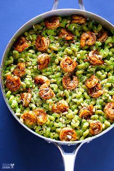 Asparagus-Spinach Pesto Pasta with Blackened Shrimp | gimmesomeoven.com #recipe
