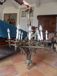Paire de lustres à la cathédrale bronze ht 101 + un lustre 1900