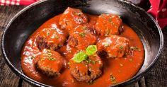 Recette de Boulettes de bœuf légères, tomate, ciboulette et son d'avoine. Facile et rapide à réaliser, goûteuse et diététique.