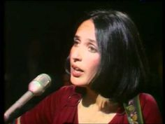 Joan Baez - Love Song to a Stranger (live in France, 1973)