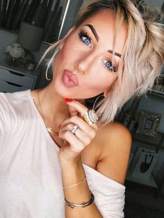 Brown Wigs Lace Hair Blonde Wig Long Pixie Cut Different Hairstyles For Men Latest Braids Caucasian Lace Front Wigs Dress Up Wigs Bob Haircut For Girls Bob Haircut For Girls, Girl Haircuts, Blonde Wig, Brown To Blonde, Wig Styles, Curly Hair Styles, Lace Front Wigs, Lace Wigs, Malaysian Curly Hair