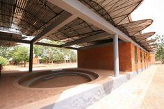Kere Secondary school Dano - Diébédo Francis Kéré — Wikipédia