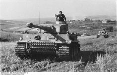 """s.Pz.Kp./SS-Pz.Rgt. 2 """"Das Reich"""", Tiger S23 followed by a column of Tigers during Operation """"Zitadelle"""" near Kursk, July 1943."""