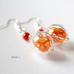 Boucles d'oreilles globe verre transparent véritables fleurs séchées calendula orange