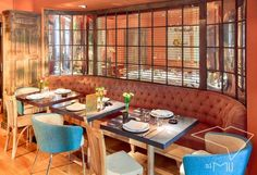 This colorful hidden gem in the heart of Madrid is the perfect place for a romantic Sunday brunch (but feel free to come here for dinner too!) www.10thingstodo.in