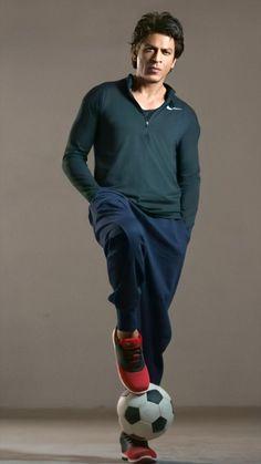 Shahrukh Khan Raees, Salman Khan Photo, Shah Rukh Khan Quotes, Shah Rukh Khan Movies, Bollywood Music Videos, Bollywood Actors, My Name Is Khan, Shayari Photo, Teen Boy Fashion